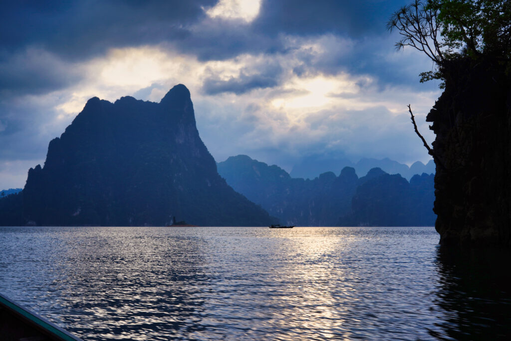 チャオラン湖の夕暮れ