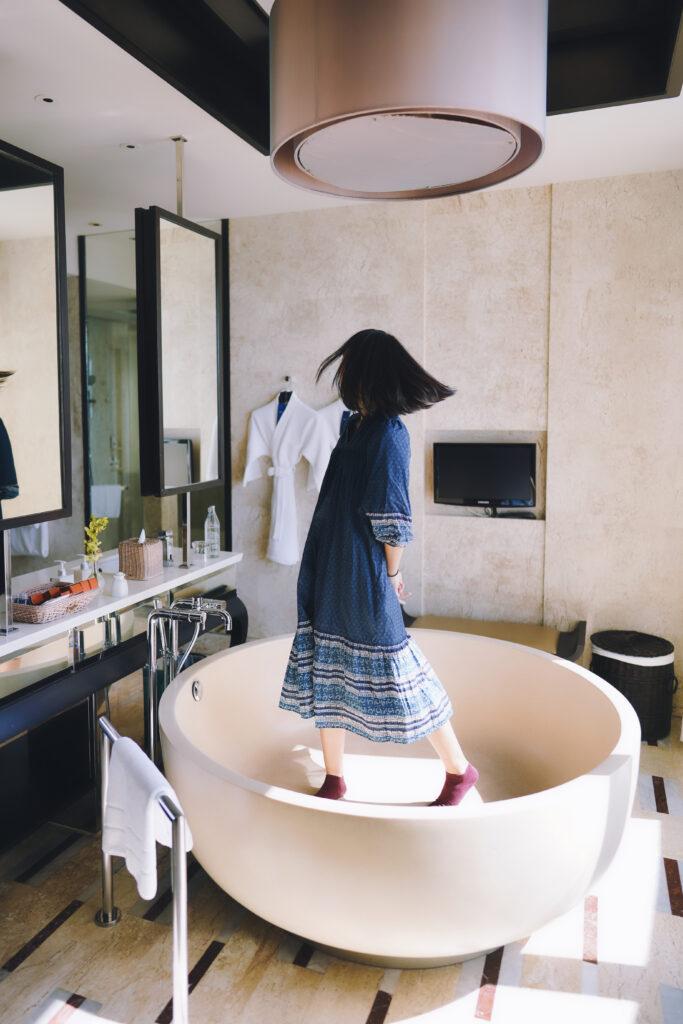 コンラッドサムイの風呂